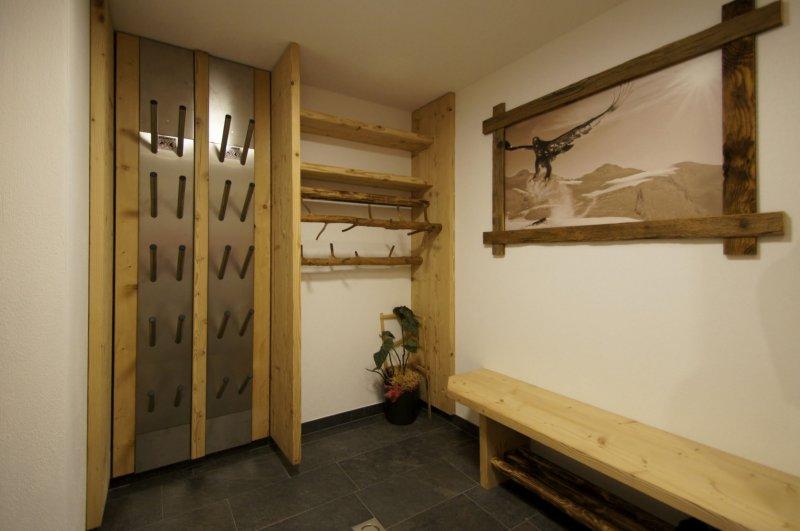 bergchalet zillertal ferienwohnung f genberg erste ferienregion zillertal. Black Bedroom Furniture Sets. Home Design Ideas