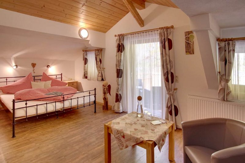 pension-fuerhapter-zimmer-3-05-urlaub-defereggental